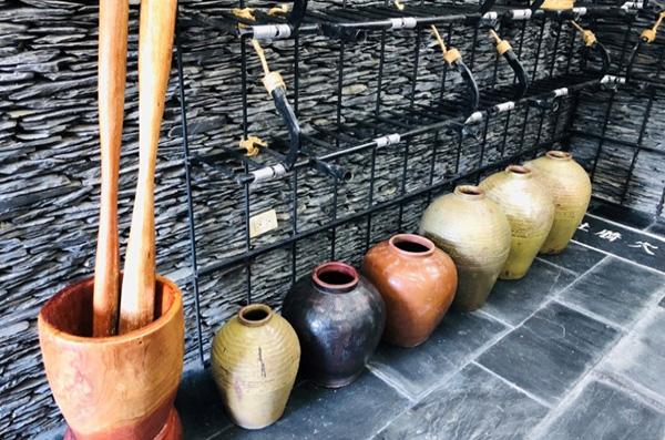 鼓物區:放置乾燥時良、小米酒及狩獵用具